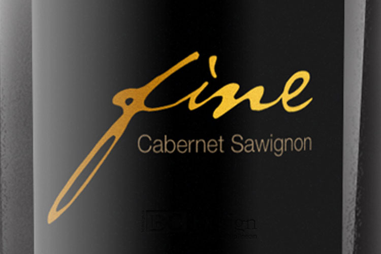 design eticheta vin